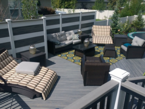Trex Transcend Island Mist Deck with White Posts and Fascia Rail