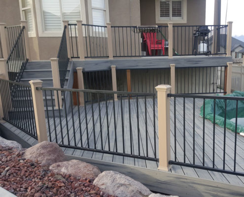 Trex Transcend Island Mist Deck with Rope Swing Posts and IronGuard Railings