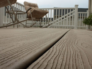 Trex Transcends Rope Swing Deck Close Up
