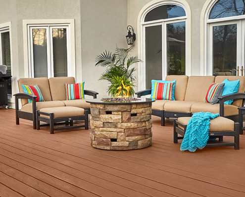 Trex Enhance Saddle Decking with Furniture