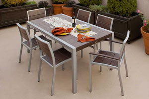 Trex Furniture Dining Set